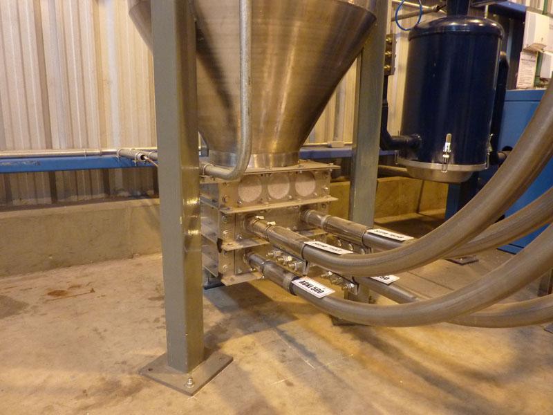 Conexionado sistema neumático a tolva buffer.